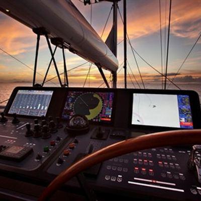 Vertigo Yacht Helm