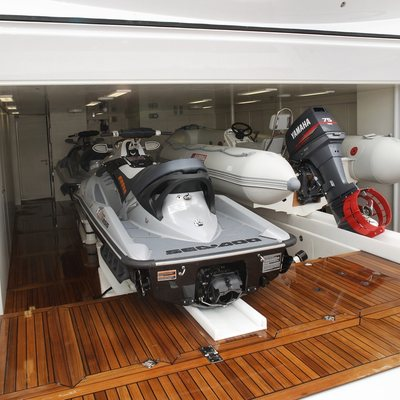 Inception Yacht Tender Port