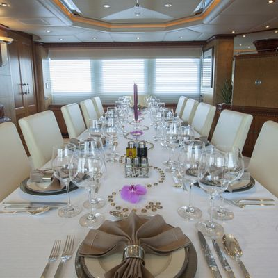 Azul V Yacht Formal Dining
