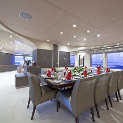 Ohana Yacht Dining Table