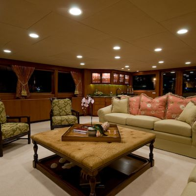 Sea Falcon II Yacht Main Salon