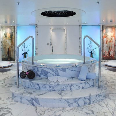 Moonlight II Yacht Spa