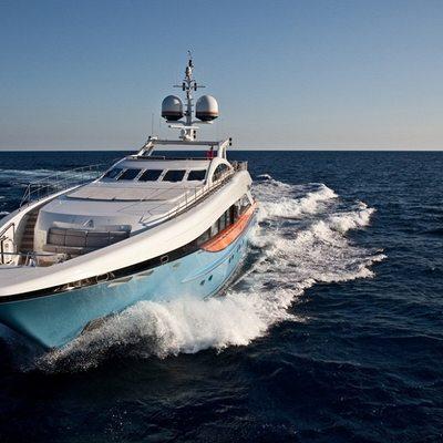 Aurelia Yacht Front View