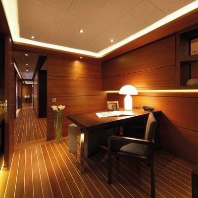 Zaliv III Yacht Master Office
