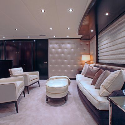 Carpe Diem Yacht Master Stateroom - Lounge Overview