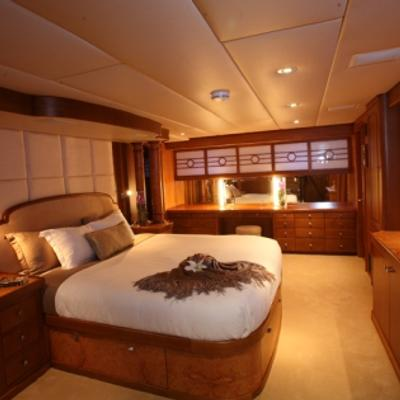 Daydream Yacht Master Stateroom