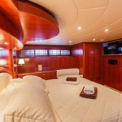 Johnson Baby Yacht