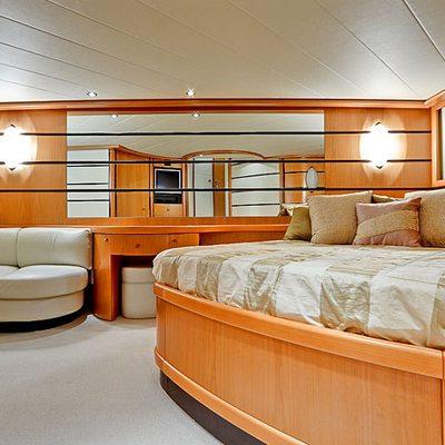 Silver Sea Yacht