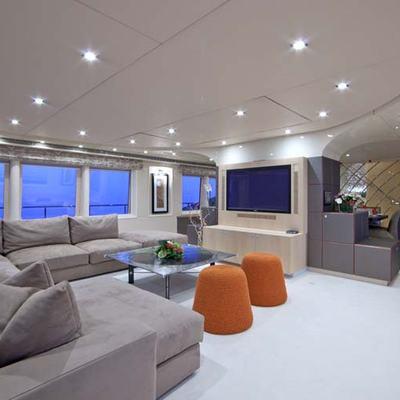 Daloli Yacht Main Salon