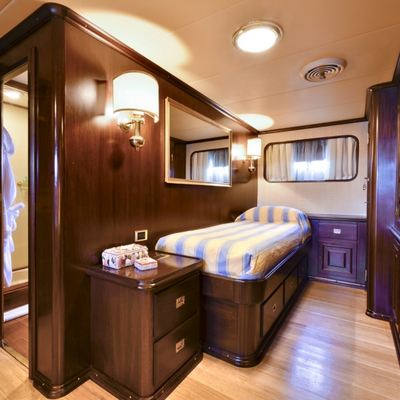 Commitment Yacht VIP Stateroom