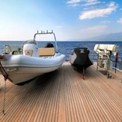 Mastiff Yacht