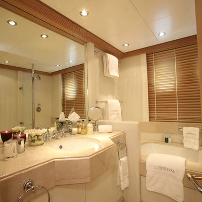 Marla Yacht Twin Bathroom