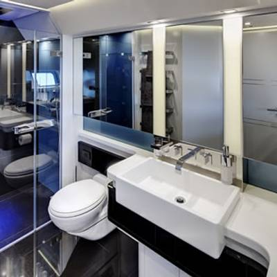 Bliss Yacht Master Stateroom