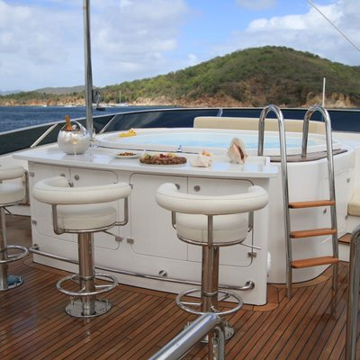 Brunello Main Deck Jacuzzi
