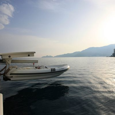 Hana Yacht Tender Launch