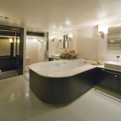 Sensei Yacht Master Bathroom
