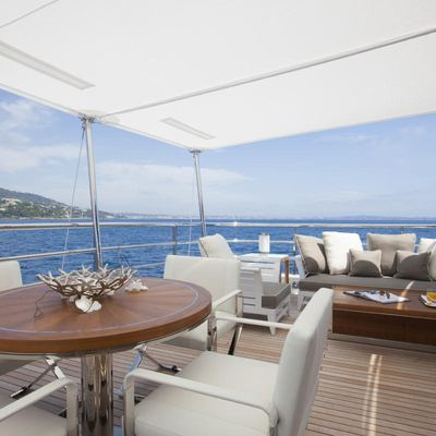 Revelry Yacht Upper Deck - Seating