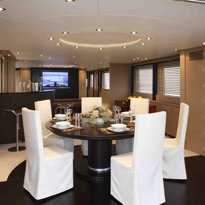 Hooligan II Yacht Dining Salon