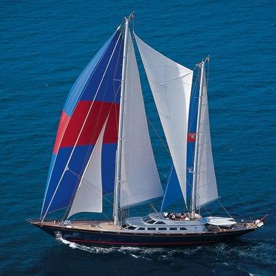 Andromeda la Dea Yacht Underway