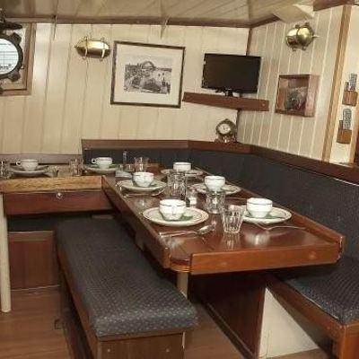 Togo Yacht