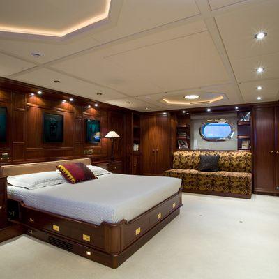 Blush Yacht Master Stateroom