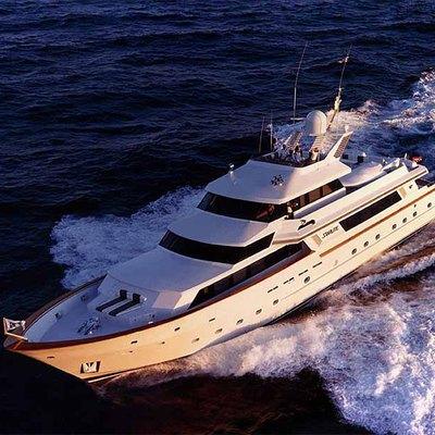 Le Montrachet Yacht Underway