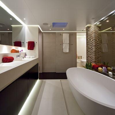 Baraka Yacht Master Bathroom