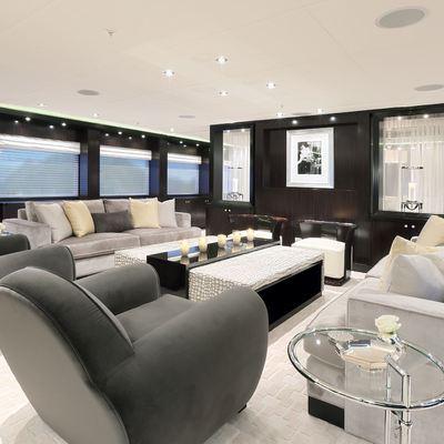 Carpe Diem Yacht Main Salon - Forward
