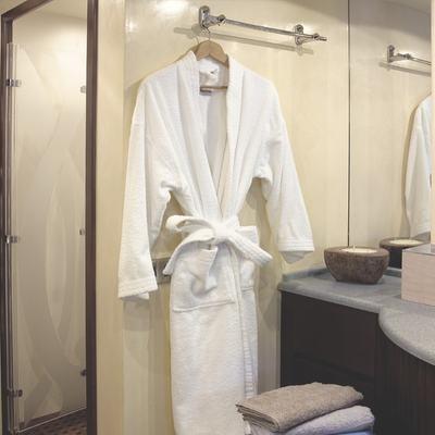 Let It Be Yacht Bathroom