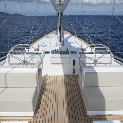 Red Dragon Yacht Flybridge