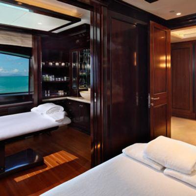 Seanna Yacht Treatment Room - Mirror