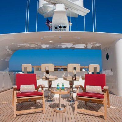 Avalon Yacht Sundeck Bar
