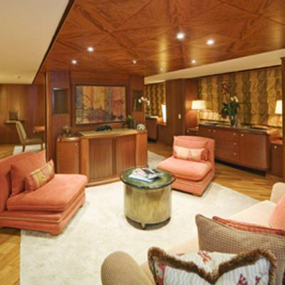 Solaia Yacht Salon Overview