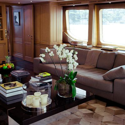 African Queen Yacht Salon Seating