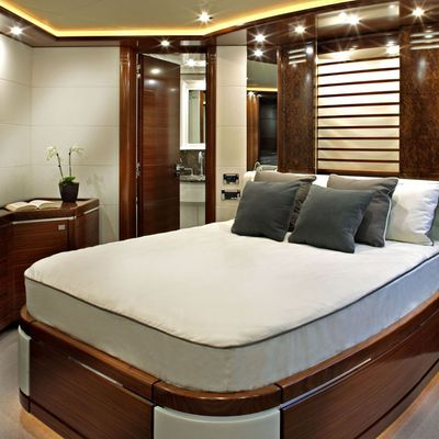 Libertas Yacht Guest Stateroom