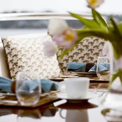 OASIS Yacht Charter Price (ex  Amoixa) - ISA Luxury Yacht