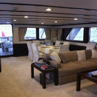 India Yacht Saloon