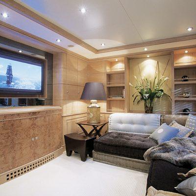 Jo Yacht TV Room