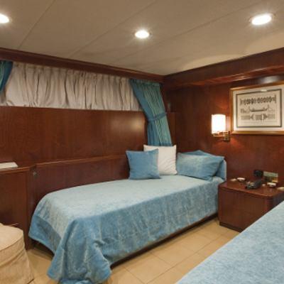 Sirahmy Yacht Blue Twin Stateroom