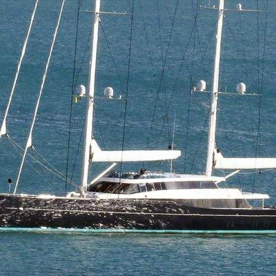 AQuiJo Yacht Side Profile