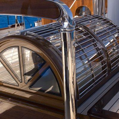 Meteor Yacht Deck - Detail