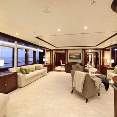 Akira One Yacht