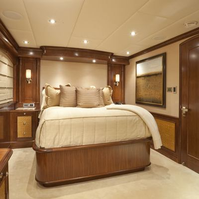 Wheels Yacht VIP Stateroom