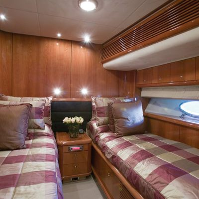 Lady Esther Yacht Twin Stateroom