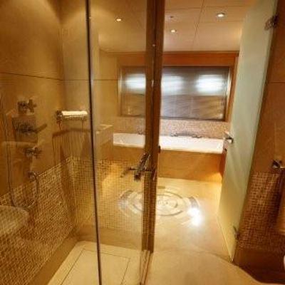 N.M.N Yacht Master Bath & Shower