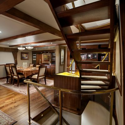 Empire Sea Yacht Salon - Staircase