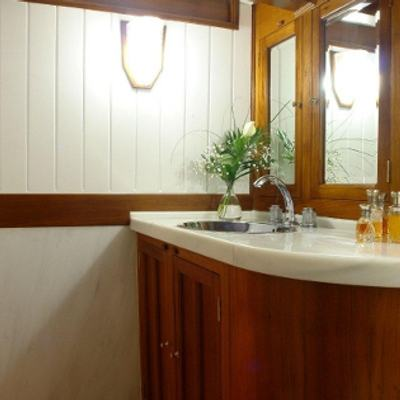 Aello Yacht Master Bathroom