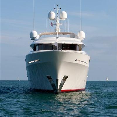Avalon Yacht Bow