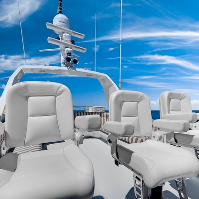 Andiamo Yacht Flybridge Seating