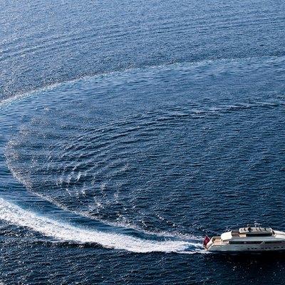 Exuma Yacht Running Shot